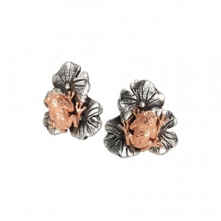 Orecchini con ninfee in argento brunito e ranocchio placcato oro rosa