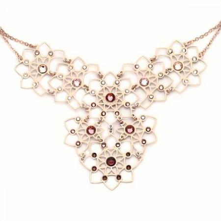 Collana in argento con decoro floreale e Swarovski