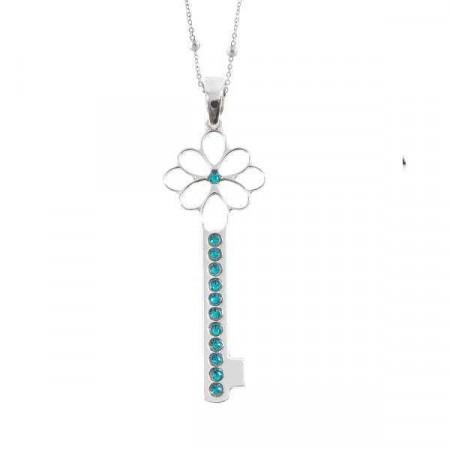 Collana con chiave pendente e cristalli blu zircon