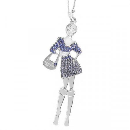 Collana bambolina con outfit blu zaffiro