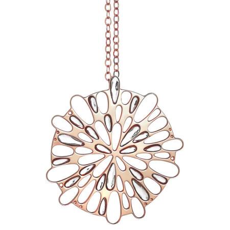 Collana rosata con pendente circolare decorato da cristalli Swarovski