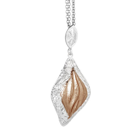 Collana in argento con pendente bicolor
