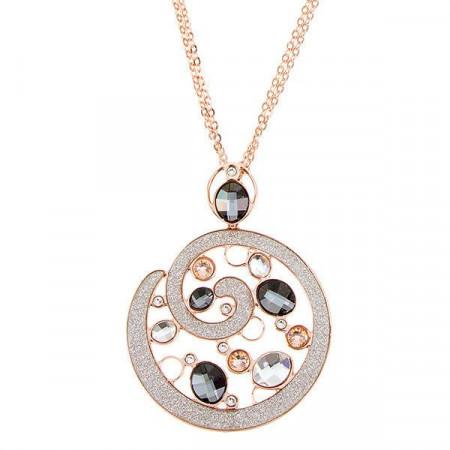 Collana con pendente circolare e mosaico di cristalli dalle sfumature silver