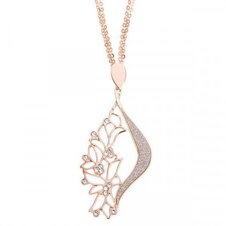 Collana rosata con pendente fioriluna e cristalli Swarovski