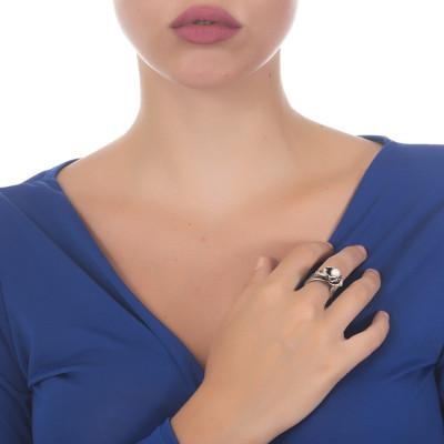 Anello in argento brunito con piccola ninfea e perla naturale