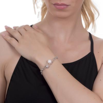Bracciale con sfere, passante diamantato e perla naturale