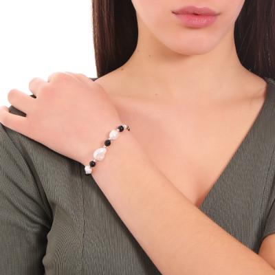 Bracciale con perle naturali e spinello