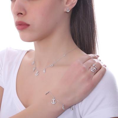 Bracciale con pendenti di zirconi bianchi