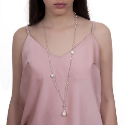 Collana lunga con pendente di zirconi e perla naturale