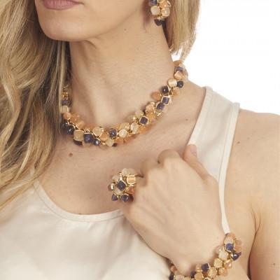 Anello con ciuffo di cristalli color tanzanite, corniola e pietra di luna