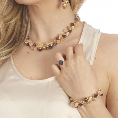 Bracciale con grappolo di cristalli dai colori corniola, tanzanite e pietra di luna