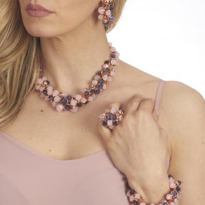 Collana avvolta da cristalli piramidali color quarzo rosa e tanzanite