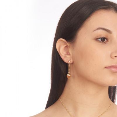 Orecchini con cristallo pendente color corniola e zirconi