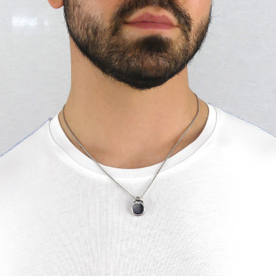 Collana nodo con agata nera
