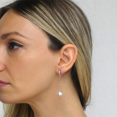 Orecchini con zirconi e perla Swarovski pendente