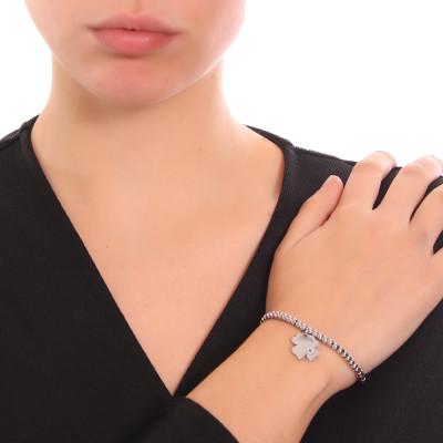 Bracciale beads con quadrifoglio pendente e zircone nero