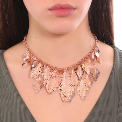 Collana placcata oro rosa a maglie cotronate e foglie di quercia