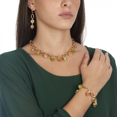 Collana con cristalli piramidali color olivina, pietra di luna e corniola
