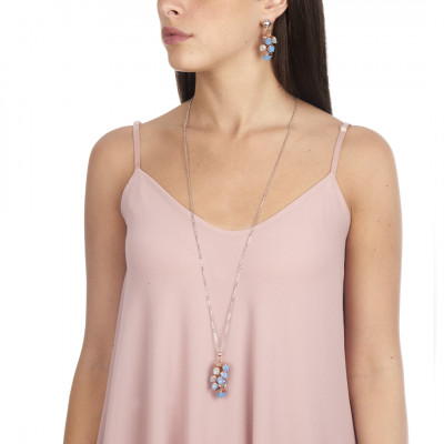 Collana lunga con ciuffo di cristalli color acquamarina e calcedonio
