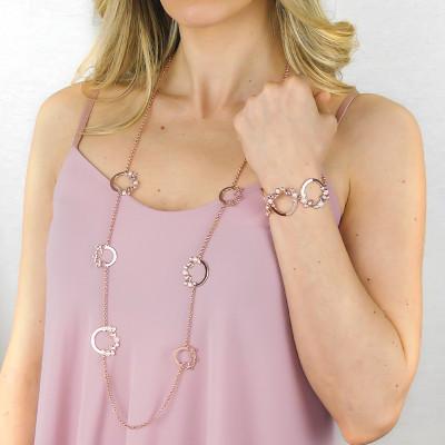 Collana lunga con Swarovski crystal, vintage rose e white pearl cabochon