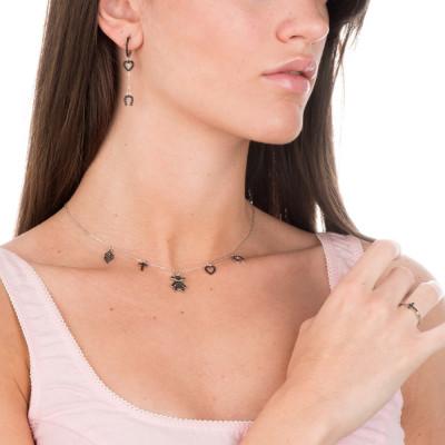 Anello con croce di zirconi neri