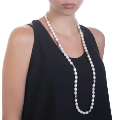 Collana lunga con perle naturali barocche ed intercalari in argento