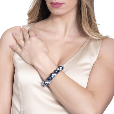 Bracciale con perle e cristalli Swarovski dalle sfumature blu e zirconi