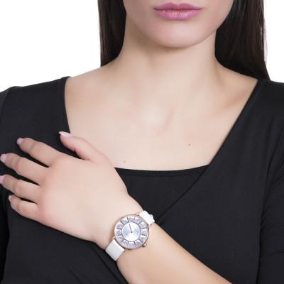 Orologio con cinturino in pelle bianca e quadrante con pavè di Swarovski