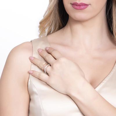 Coppia di anelli rosati a fascia con pavè di cristalli Swarovski