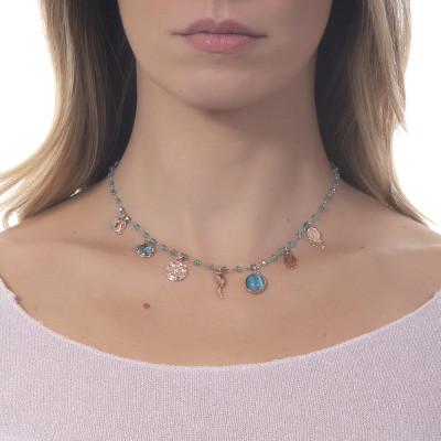 """Collana rosario con cristalli Sky e charms tema """"buona sorte"""""""