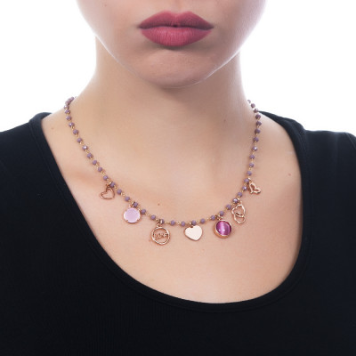 """Collana rosario con cristalli glicine e charms tema """"amore"""""""