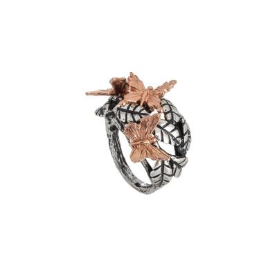 Anello in argento brunito con foglie di ulivo e farfalle rosate
