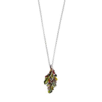 Collana in argento brunito con foglia piuma pendente dipinta di verde