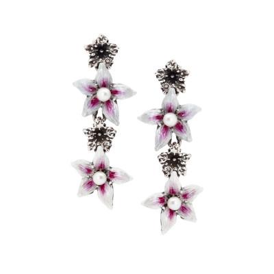 Orecchini pendenti con fiori di lilium e perle naturali
