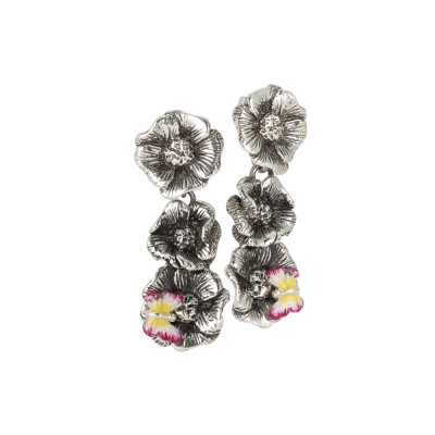 Orecchini con fiori di ciliegio pendenti in argento brunito e farfalla