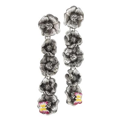 Orecchini pendenti con fiori di ciliegio in argento brunito e farfalla