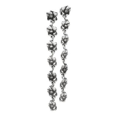 Orecchini con sette fiori di ciliegio in argento brunito
