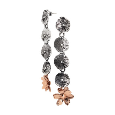 Orecchini pendenti con foglie di ninfea brunite e fiore di ninfea placcato oro rosa