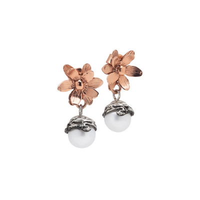 Orecchini con fiore di ninfea in argento rosato e perla naturale