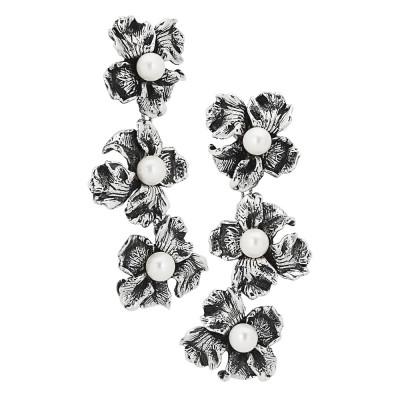 Orecchini con fiori di iris bruniti e perle naturali