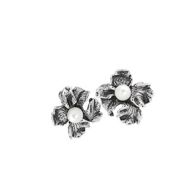 Orecchini con fiore di iris a lobo in argento brunito e perle naturali