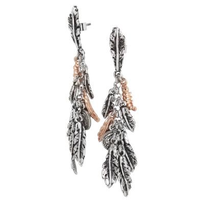 Orecchini in argento brunito con foglie piuma e bruchi rosati