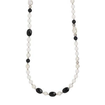 Collana lunga con perle naturali, ossidiana e agata bianca