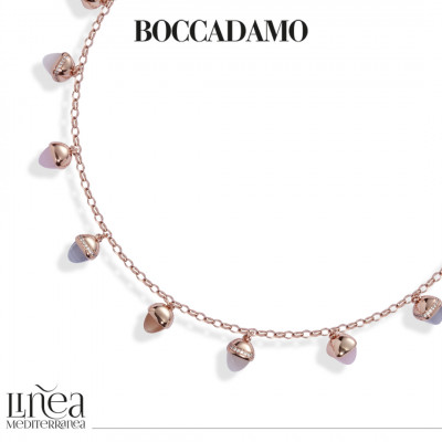 Collana con cristalli piramidali color madreperla, corniola, agata grigia gatteggiante e quarzo rosa