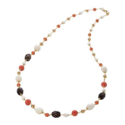 Collana con perle Swarovski coral e pietre agata white, agata white torchon e quarzo fumè torchon