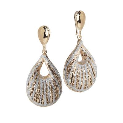Orecchini pendenti con decoro a conchiglia e glitter silver