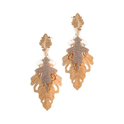 Orecchini placcati oro rosa con due foglie di quercia pendenti