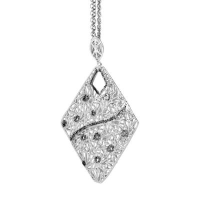 Collana in argento con pendente losangato