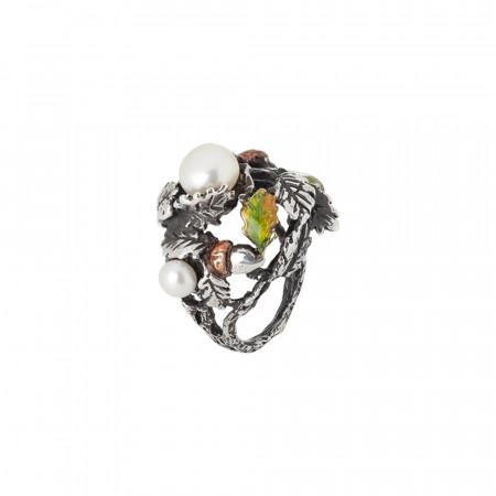Anello castagno dipinto a mano con ghiande, foglie di castagno e perle naturali