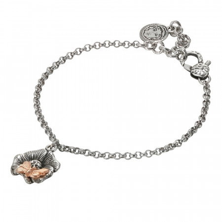 Bracciale in argento brunito con fiore di ciligio pendente e farfalla rosata